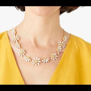 NWT!  Kate Spade Dazzling Daisy Statement Necklace